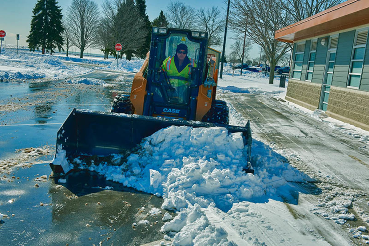 CCE Snow Sectional Push SSL 17 08-16-17